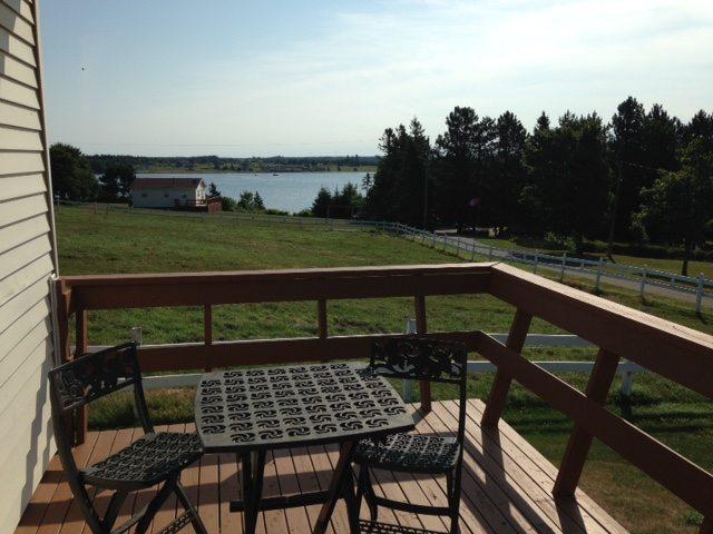 Sandhill View Suites & Cottages
